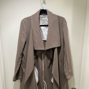 Soia & Kyo trench coat in size small